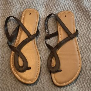 Shoes - Brown sandals - size 7